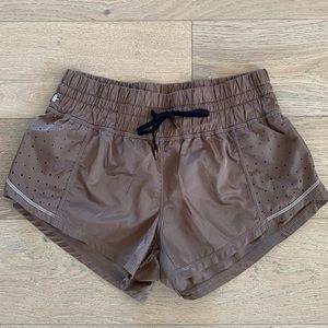 Zella high waist athletic shorts brown xs